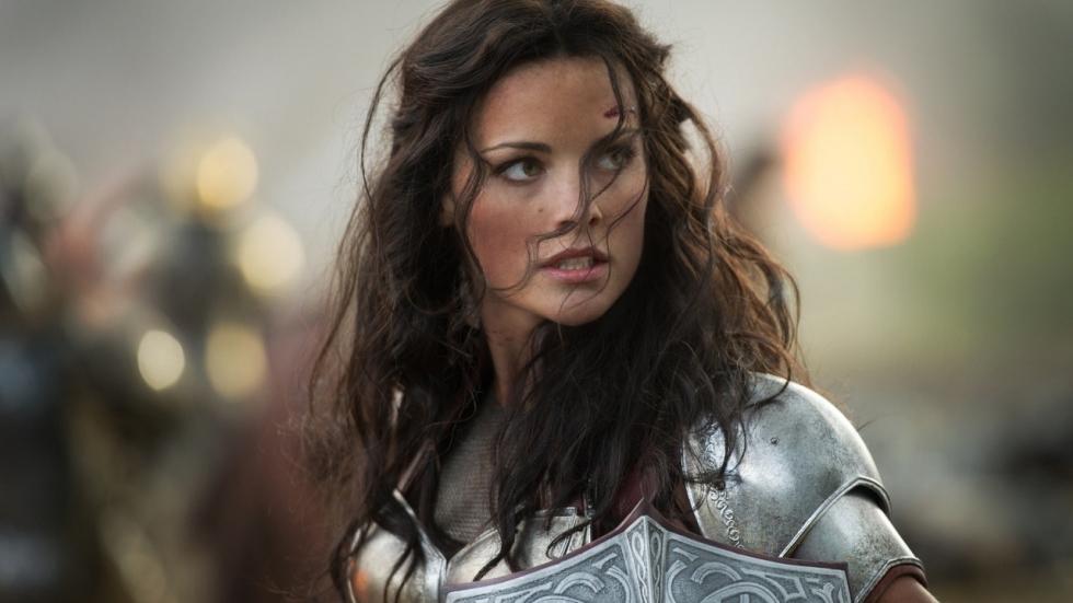 Lady Sif biedt zich aan als liefje Valkyrie voor 'Thor 4'