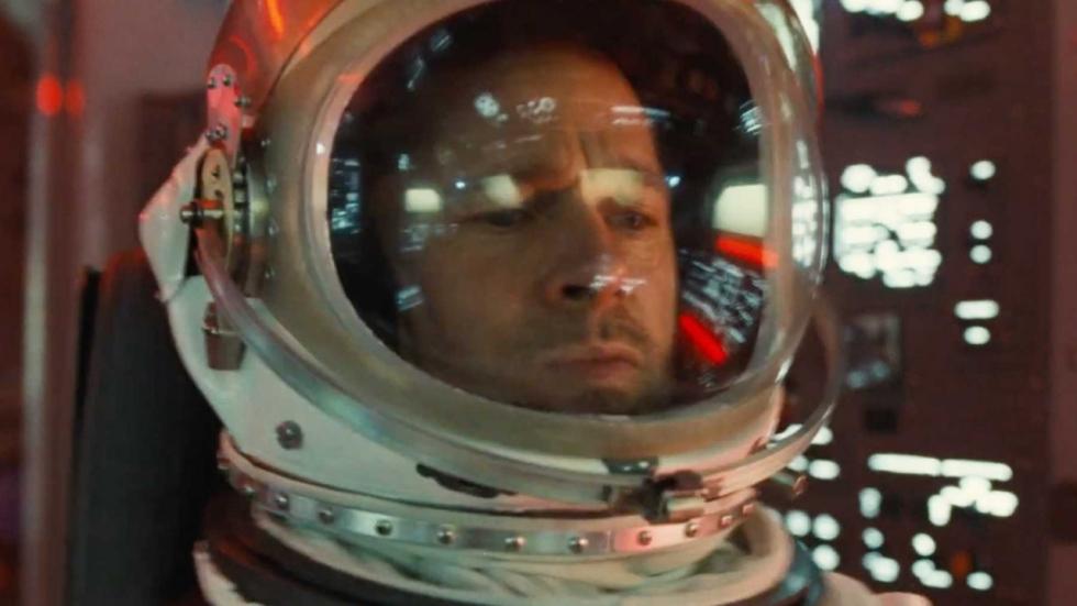 Brad Pitt blijft ijzig kalm in nieuwe adembenemende trailer 'Ad Astra'