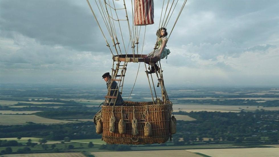 Eddie Redmayne en Felicity Jones in trailer 'The Aeronauts'