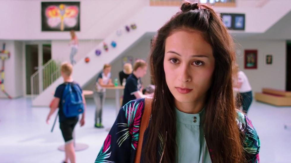 YouTube-ster Djamila speelt de hoofdrol in 'Misfit 2'. Deze 5 vloggers maakten ook een film.