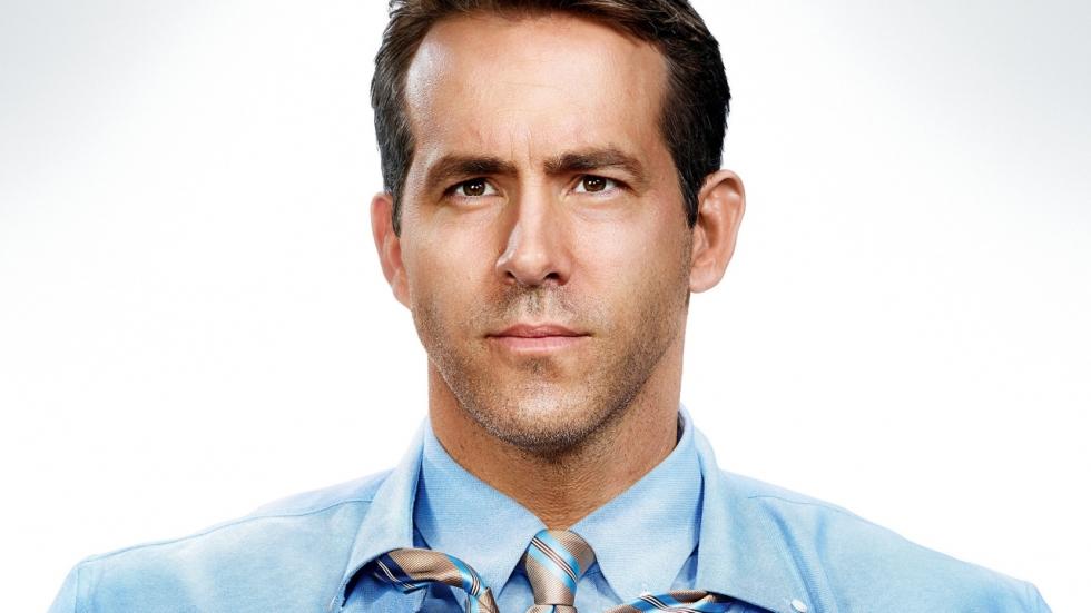 Eerste poster en 'Green Lantern'-grap 'Free Guy' met Ryan Reynolds