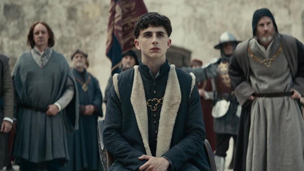 Timothée Chalamet in nieuwe trailer 'The King'