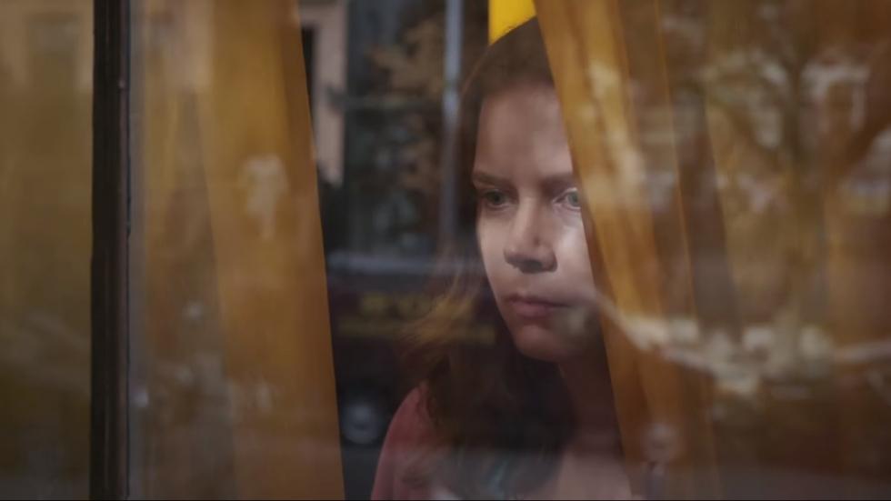 Eerste trailer 'The Woman in the Window' met Amy Adams!