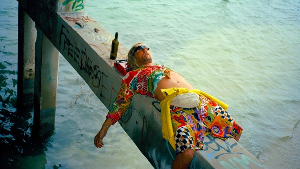 Blu-ray review 'The Beach Bum' met de mafste stoner die je ooit hebt gezien