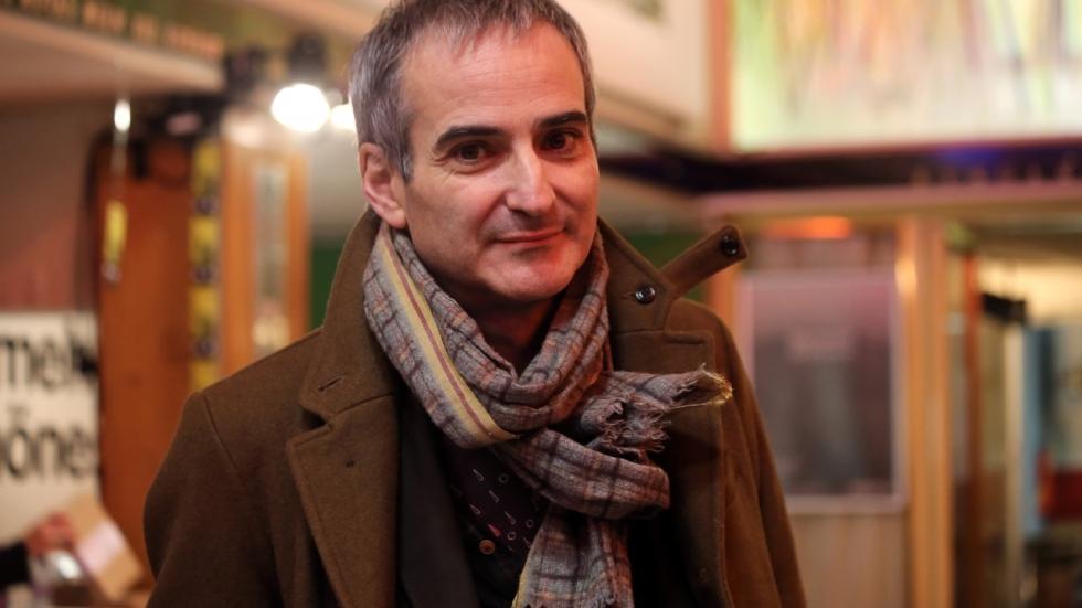 'Personal Shopper' regisseur Olivier Assayas mengt zich ook superhelden-debat