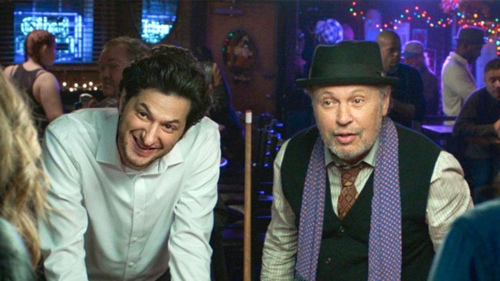 Trailer 'Standing Up, Falling Down' met Billy Crystal als een alcoholistische dermatoloog