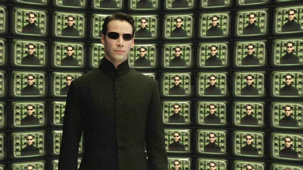 Neo & Trinity springen van gebouw in 'The Matrix 4'