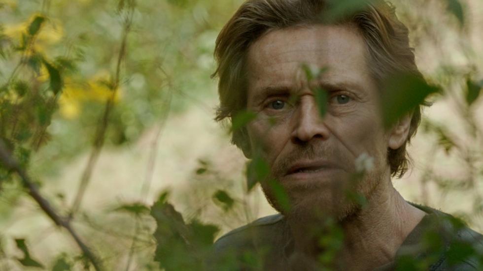 Willem Dafoe in bizarre en surreële 'Siberia' trailer
