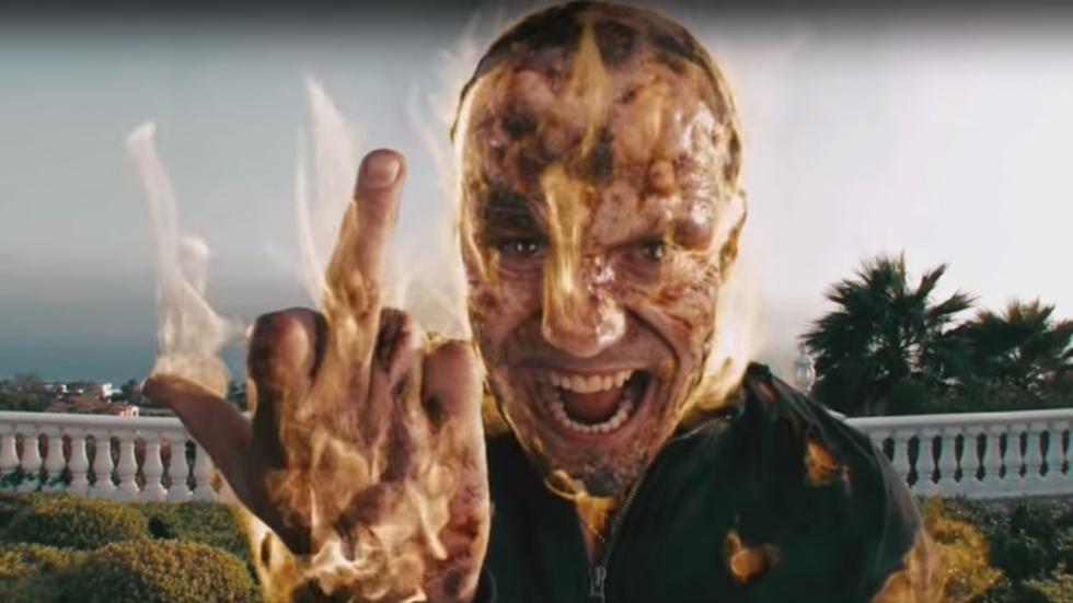Jason Statham laat Kevin Hart en 'The Man From Toronto' keihard vallen