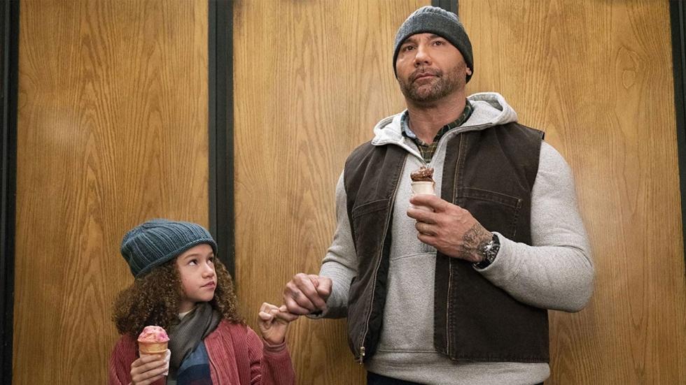 5 keiharde actiehelden die net als Dave Bautista ('My Spy') even 'op de kinderen moesten passen'