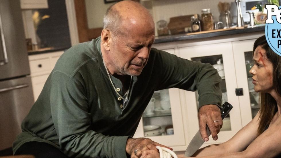 65-jarige Bruce Willis als actie-opa in trailer 'Survive the Night'
