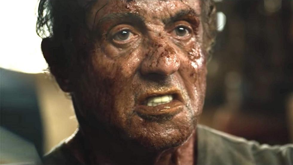 Sylvester Stallone als superheld op nieuwe foto 'Samaritan'