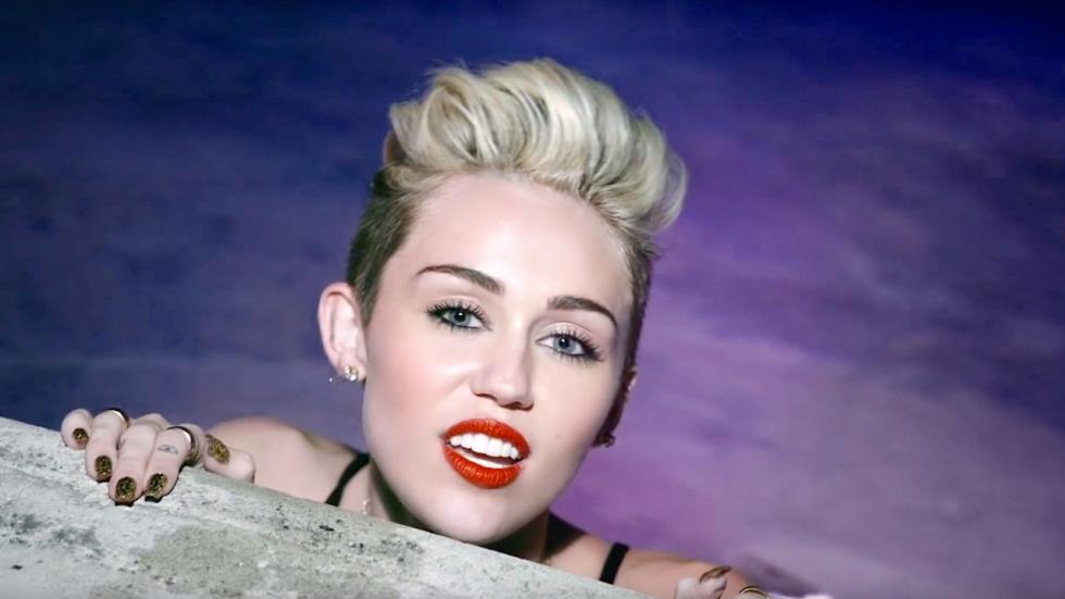 Foto: Miley Cyrus deelt weer iets lekkers