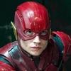Heftige beelden: Ezra Miller (The Flash) wurgt vervelende fan