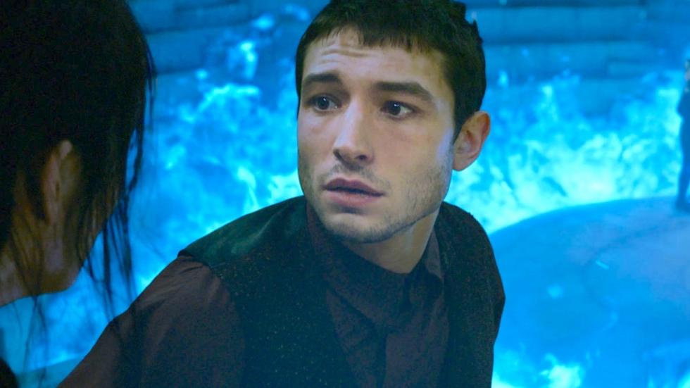 Nóg geen aangifte na bizarre verwurging fan door Ezra Miller (The Flash)