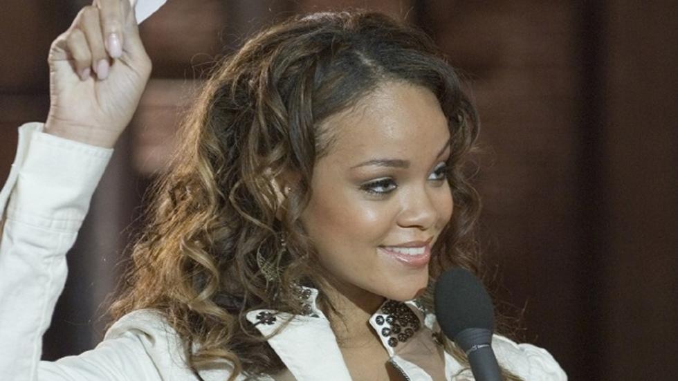 Rihanna in een superspannend pakje!