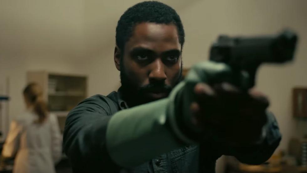 Christopher Nolans scifi-thriller 'Tenet' draait om... Inversie?