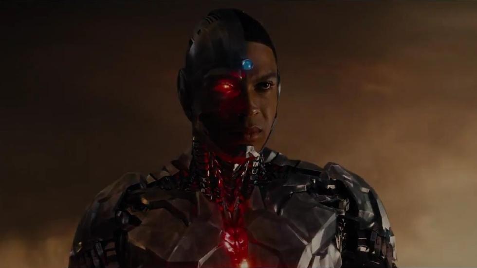 Ray Fisher (Cyborg) neemt afstand van de 2017 'Justice League' en kraakt Joss Whedon af