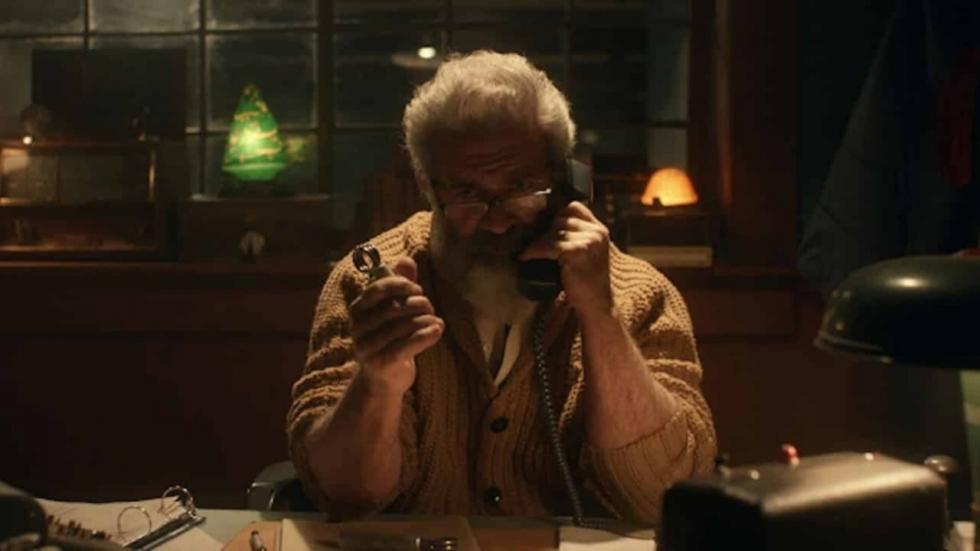 Eerste foto van Mel Gibson als kerstman in 'Fatman'
