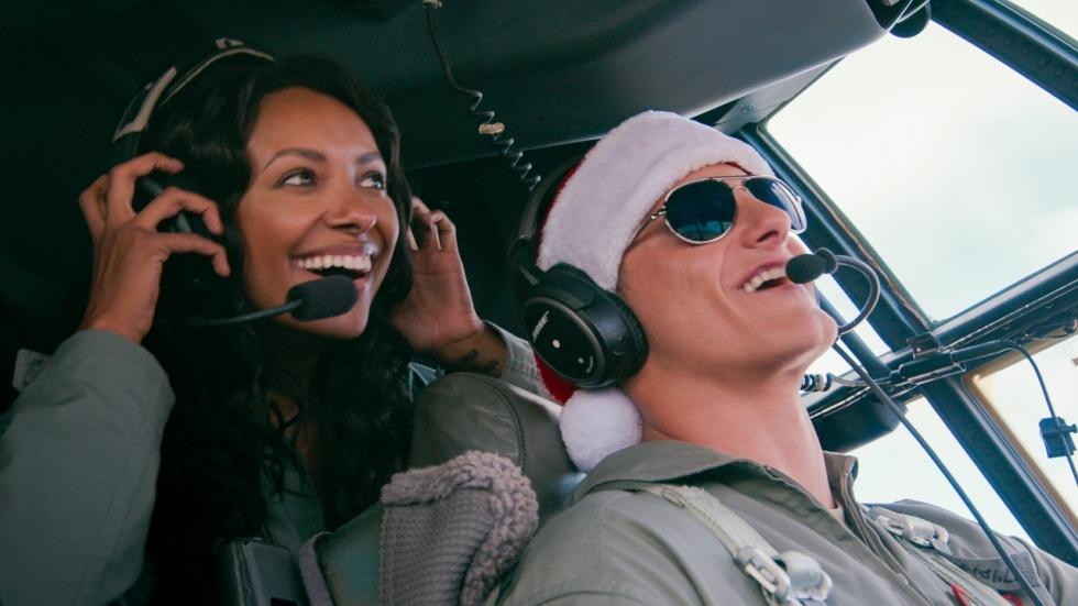 Netflix dropt eerste trailer voor nieuwe kerstfilm 'Operation Christmas Drop'