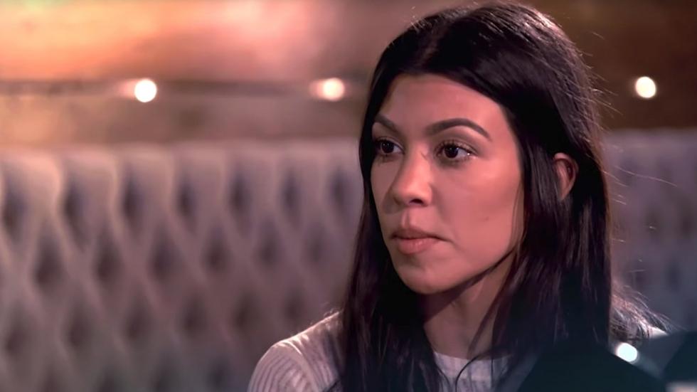 Kourtney Kardashian post foto van zichzelf als Elf