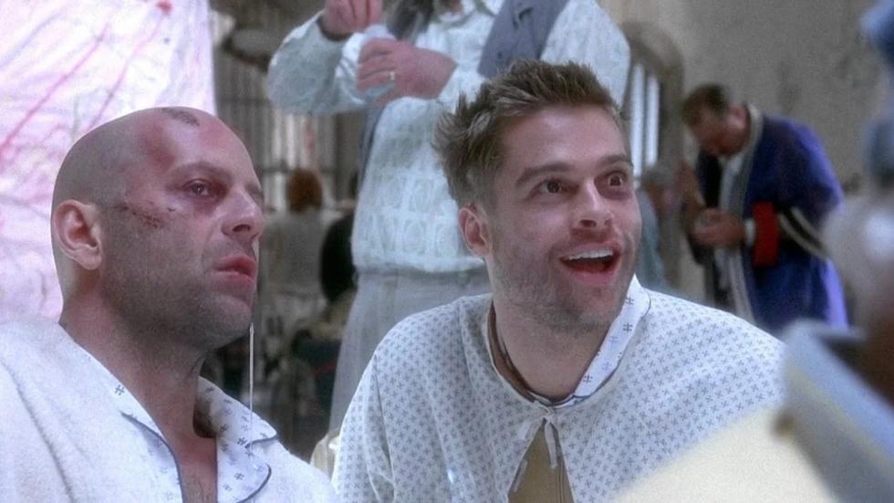 Nu op Netflix: De legendarische Sci-fi film '12 Monkeys' met Bruce Willis en Brad Pitt