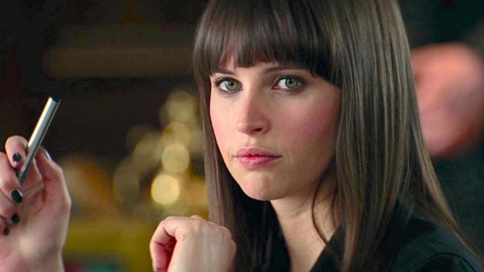Felicity Jones aast op terugkeer als stoute Marvel-kat
