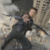 Jeremy 'Hawkeye' Renner in 'quarantaine training' op TikTok-video