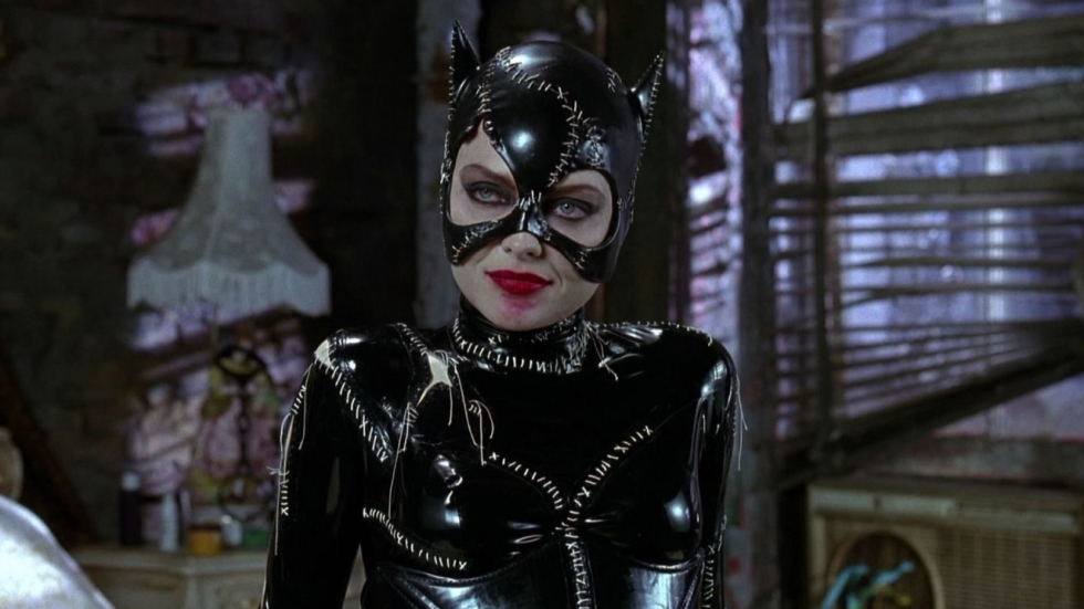 Michelle Pfeiffer gaat los als Catwoman in gave setvideo 'Batman Returns'