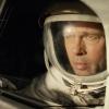 Brad Pitt heeft een paardenstaart... soort van