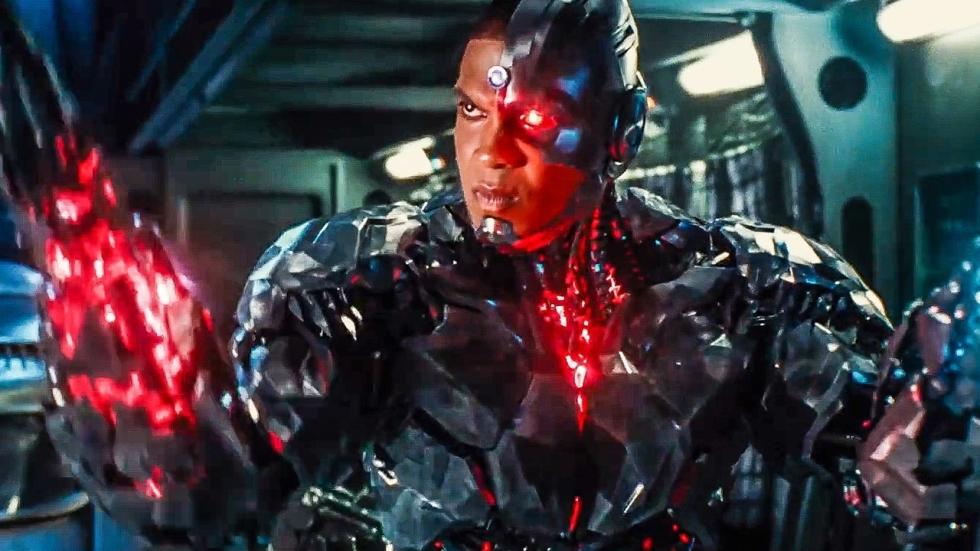Emotionele beelden met Cyborg uit ' Zack Snyder's Justice League'