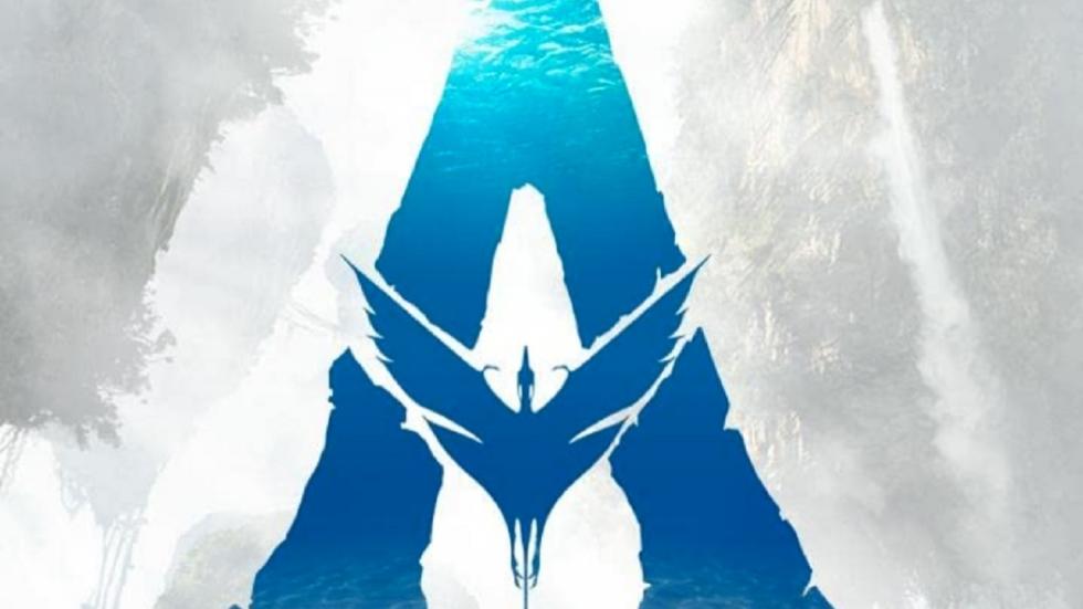 """James Cameron wordt """"aangevallen"""" door Michelle Yeoh op setfoto 'Avatar 3'"""