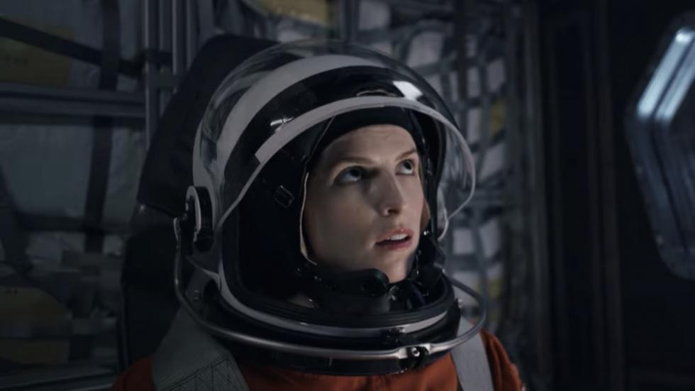 Netflix onthult eerste trailer scifi-film 'Stowaway' met Anna Kendrick