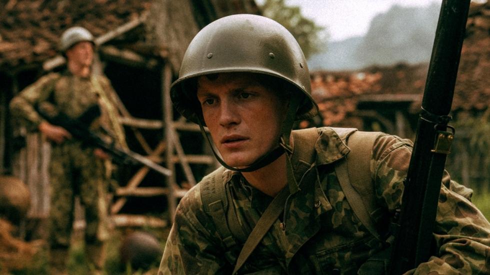 FilmTotaal in gesprek met hoofdrolspeler Martijn Lakemeier (De Oost-interviews - deel 2)