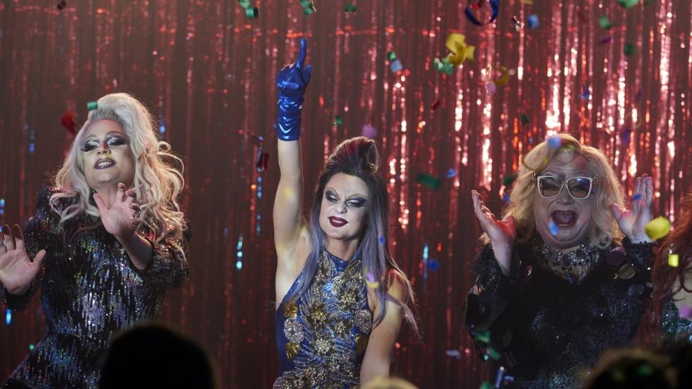 Dancing Queens [Netflix]
