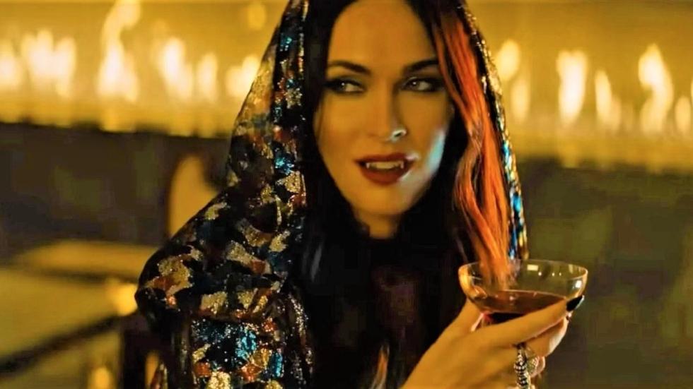 Netflix zet trailer 'Night Teeth' met Megan Fox online!